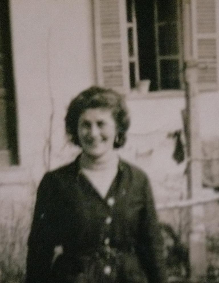 La mestra Domenica Trucco a Montà, nel Roero
