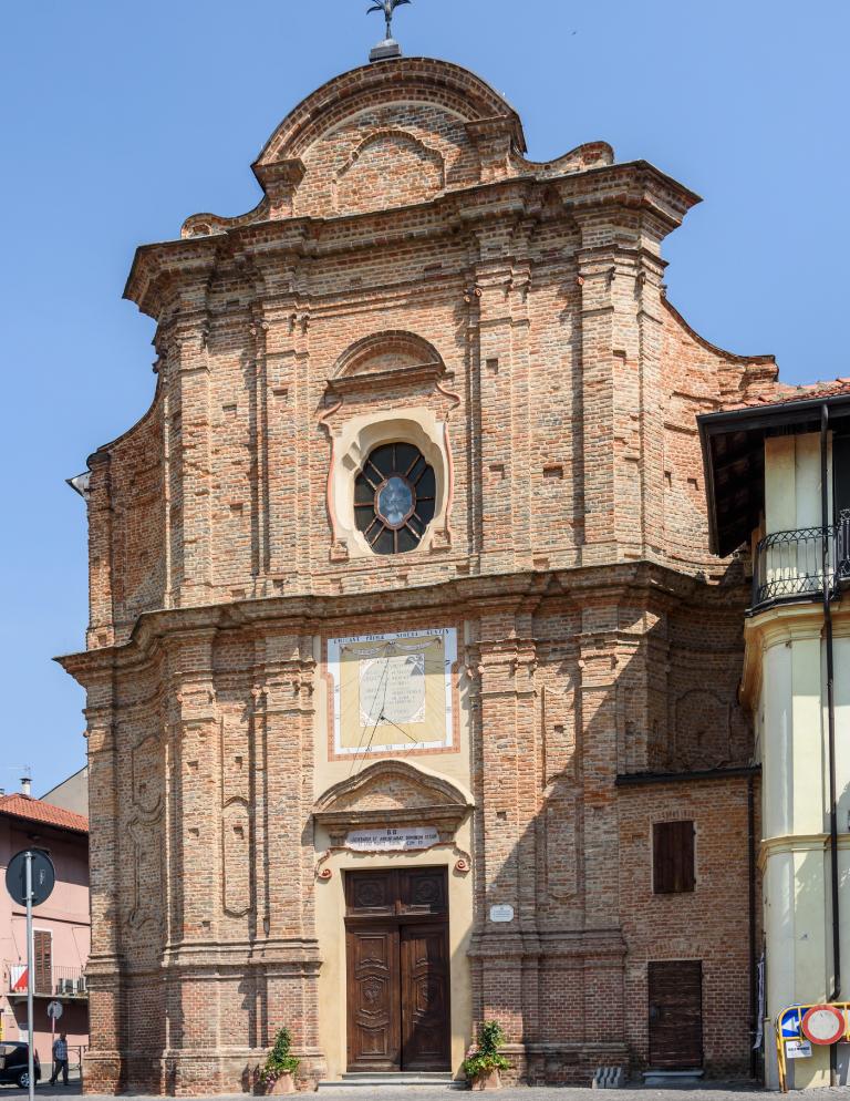 Facciata della Confraternita di san Bernardino a Canale