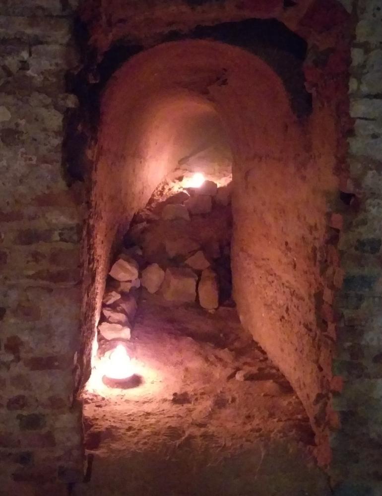 Crotin del Castello a Monteu Roero