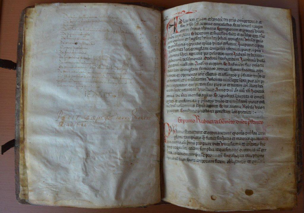 Pagine e particolari del codice degli Statuti di Corneliano d'Alba, manoscritto datato 3 febbraio 1416.